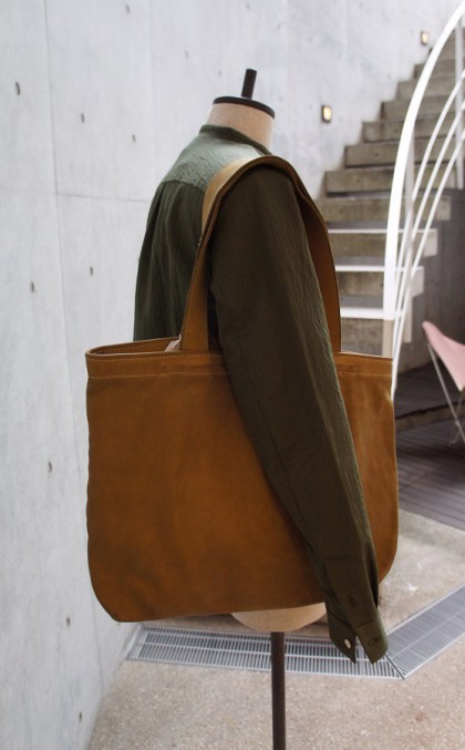 GUIDI-16SS-TorsoTotebag-calfbrown