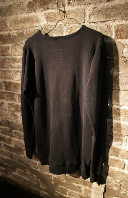 GLFW16-M401BLACK-FLEECE-LS-SLIM-FIT-TEE-W-POUCH-AND-RIBBING